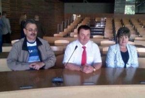 Євген Баран, Михайло Косило і Вікторія Плахта у конференц-залі маршалкового уряду Опольського воєводства